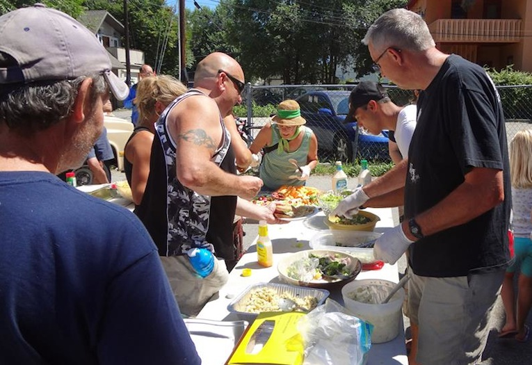 A summer barbecue hosted by the Metro Community Church brings together people from Kelowna's metro core. (Photo by Alyssa Farr)